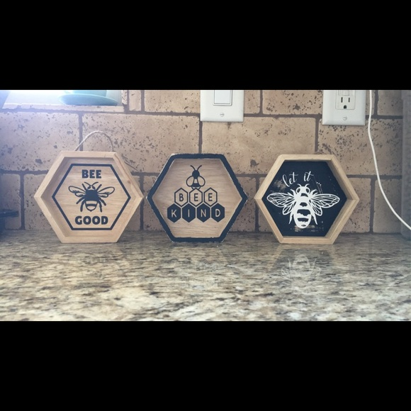 Handmade Bee Theme Signs Decor